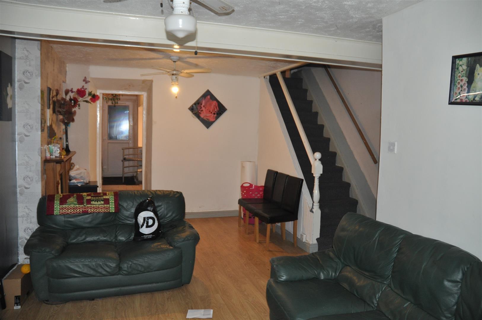 16 Longford Terrace (32).JPG